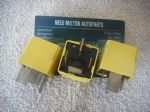 3 X GENUINE SAAB 93 9-3 95 9-5  YELLOW  RELAYS  TYCO   V23134-J52-X369   90226846
